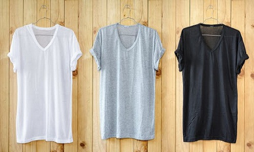 COTTON TEES MORE POPULAR THAN MANMADE FIBRES