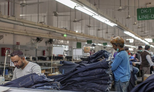 Pakistan working hard to boost its textile