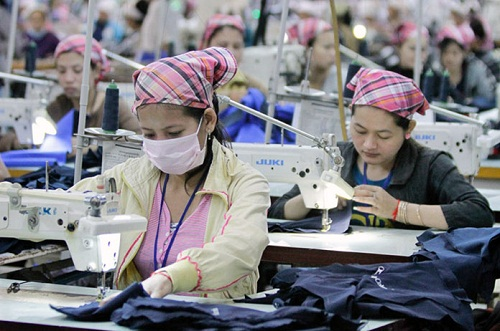 A wake up call for the Cambodian textile industry 001