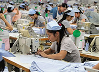 Chinas textile industry in doldrums as demand products