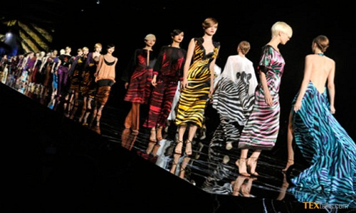Uncertainty forcing US fashion industry to wait and watch 001